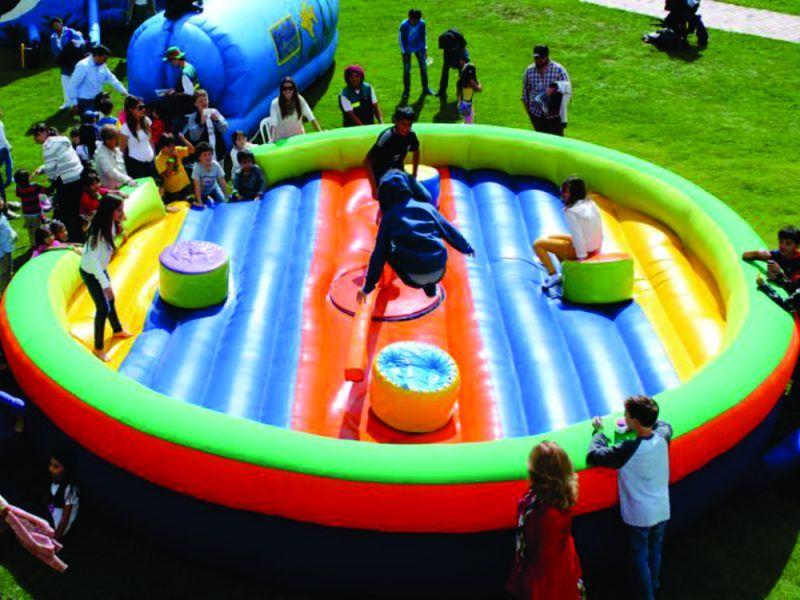 Infllable tipo reto matc para eventos recreativos, empresariales o de colegio